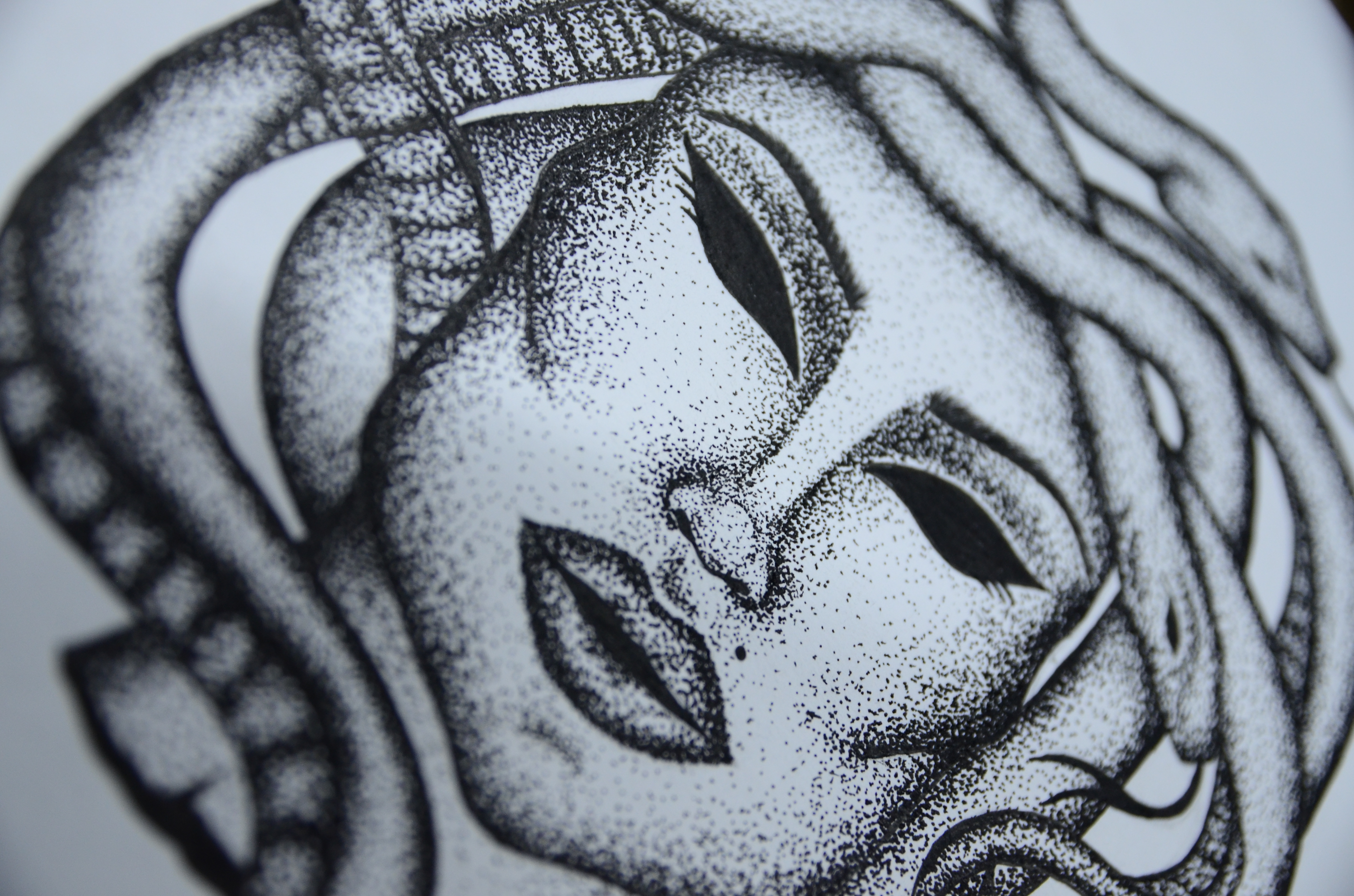 Desenho em pontilhismo criado durante o curso de Desenho e Ilustração
