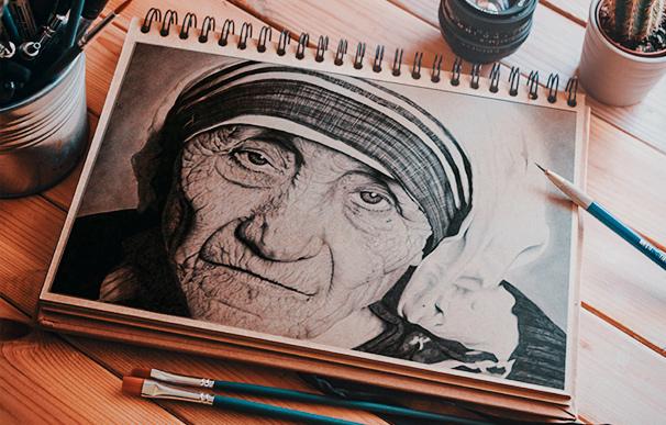 Obra realista de Madre Teresa de Calcutá criada por aluno durante o curso de Desenho e Ilustracao na Escola Casa